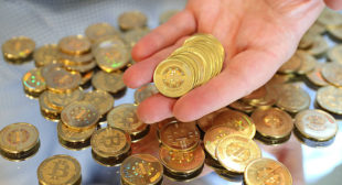 Want to invest in bitcoin? Investors need to be willing to lose it all, adviser says