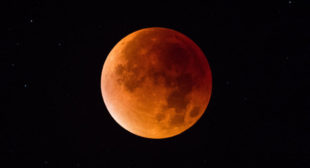 Blue moon, supermoon, total lunar eclipse all at the same time